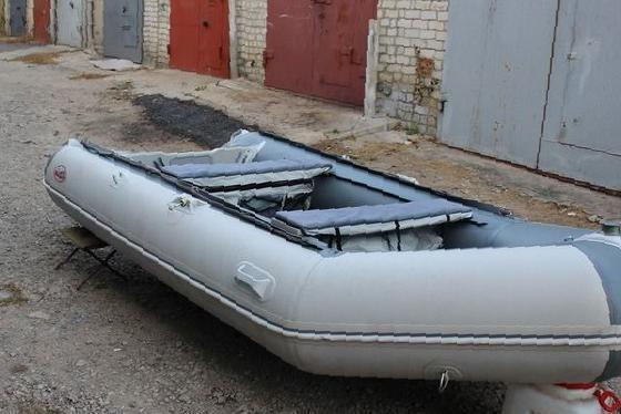 лодка classic line 370