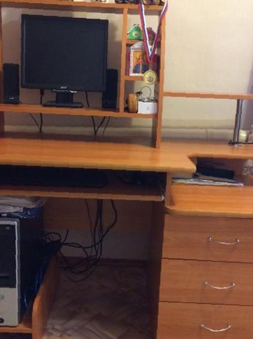 Компьютерный стол, бу продажа мебели в баргузине..