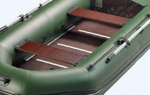 Моторные лодки в Великом Новгороде