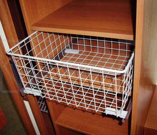 Корзины для белья в шкаф купе: выдвижные, проволочные сетчат.